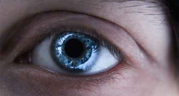 f3c6257e0e80a7 Des lentilles de nuit pour corriger la myopie